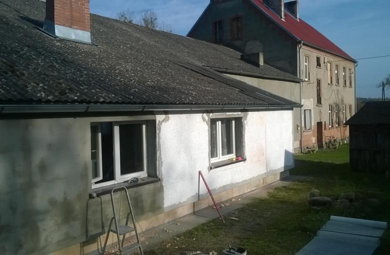 Goszczanowiec - remont sali wiejskiej