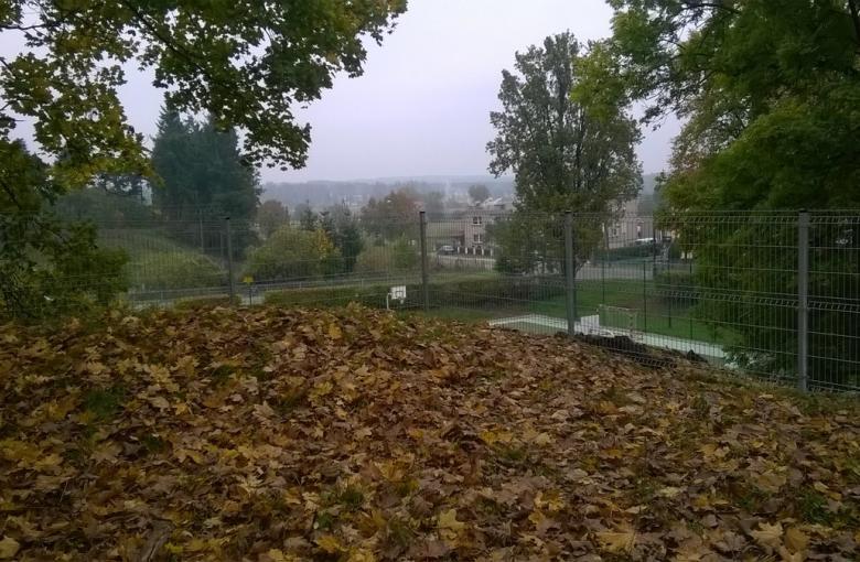 Drezdenko - ogrodzenie boiska przy gimnazjum