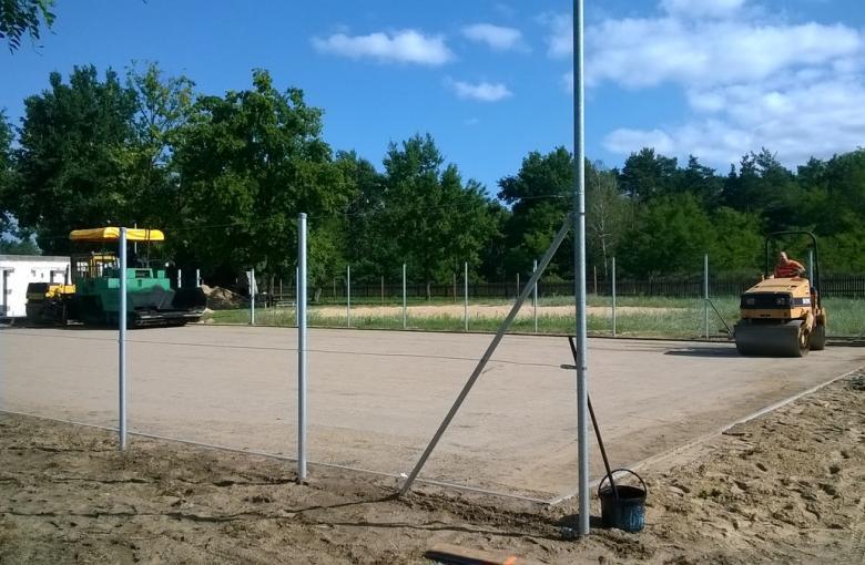 Zofiów - budowa boiska sportowego