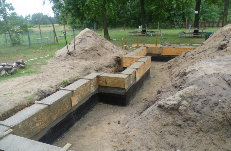 Zofiów - budowa szatni dla sportowców
