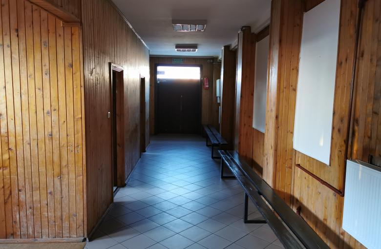 Sala widowiskowa Gminnego Ośrodka Kultury przed remontem